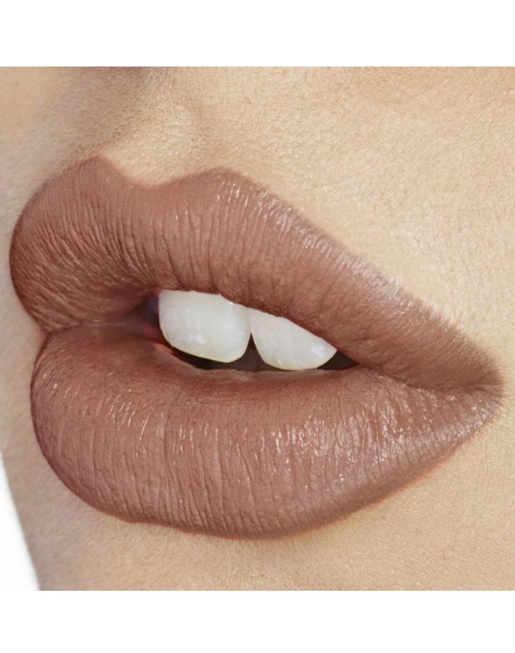 pp-kissing_hepburn-honey_alt-1-model